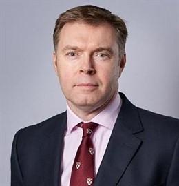 Dupuy de Lôme dejará su cargo como director financiero de IAG en junio y le sustituirá Steve Gunning