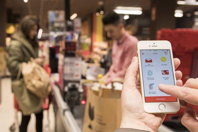 Eroski implanta desde este lunes los tickets de compra digital para los socios del programa de fidelización