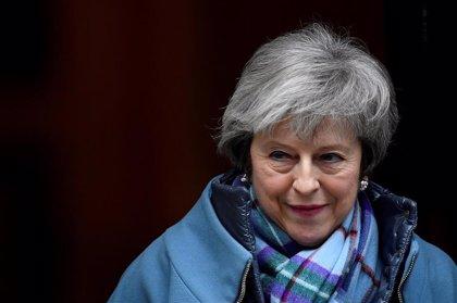 May descarta elecciones anticipadas y recalca que sigue preparando planes ante un posible Brexit desordenado