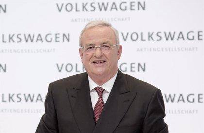 Fiscales alemanes presentan nuevos cargos contra el ex CEO de Volkswagen Winterkorn por el 'dieselgate'