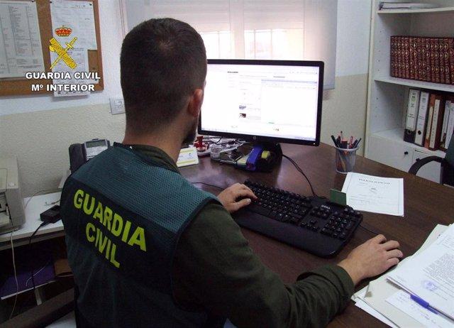 Sucesos.- Guardia Civil detiene a dos jóvenes por retener y agredir física y sexualmente a una persona