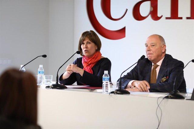 Barkos participa en un encuentro con miembros de la Cámara de Comercio