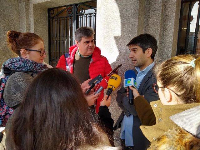 Jorge Suárez hace declaraciones a los medios