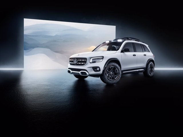 Economía/Motor.- Mercedes-Benz muestra un adelanto de su próximo todocamino con el GLB Concept