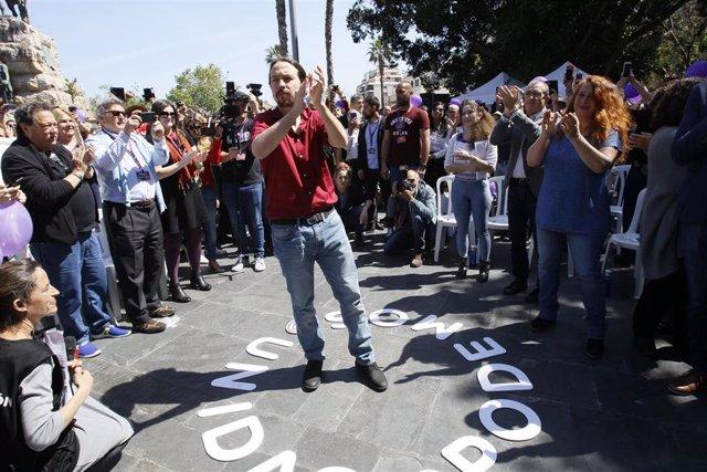 28A.- Iglesias ve bien que algunos hablen de ETA pero invita al resto a debatir sobre cómo cumplir con la Constitución