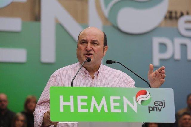 "AMP.- 28A.- Ortuzar dice que ""si no queremos ultras de allí ni de aquí"" el voto que ""les va a parar"" es el voto al PNV"