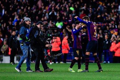Messi sigue en cabeza en el 'Pichichi' y Benzema alcanza a Stuani