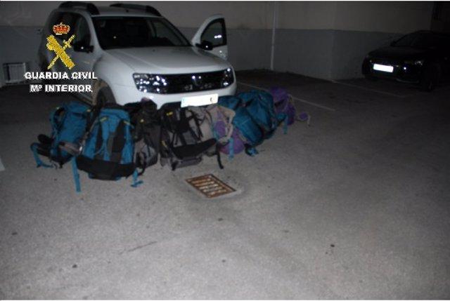 Cádiz.-Sucesos.- Interceptados 355 kilos de hachís en Algeciras de un vehículo que se dio a la fuga