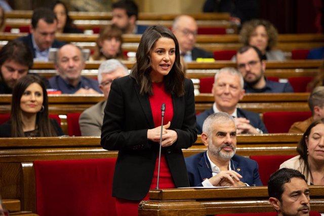 """28A.- Arrimadas carrega contra Sánchez perqu no descarta indultar als líders del procés: """"Fa olor d'indult"""""""