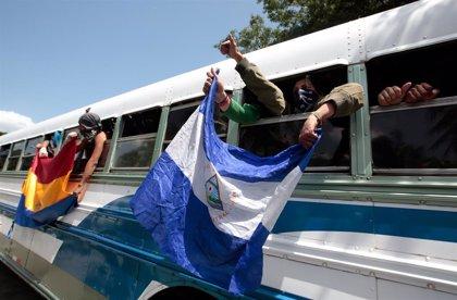 """Nicaragua aprueba un plan para el """"retorno voluntario asistido"""" de exiliados tras las protestas de 2018"""