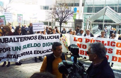 Personal laboral del Gobierno anuncia más movilizaciones y amenaza con huelga
