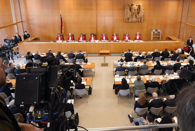 German Constitutional Court hears challenges to assisted suicide