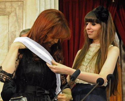 Un tribunal argentino autoriza a Fernández de Kirchner a viajar a Cuba para visitar a su hija