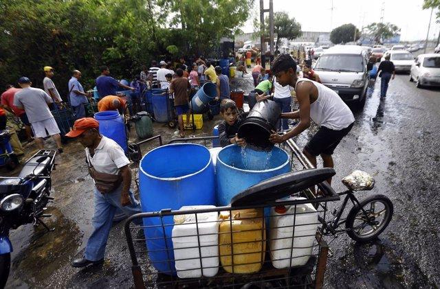 Venezuela.- El CICR ampliará su ayuda a los venezolanos con el beneplácito de Maduro