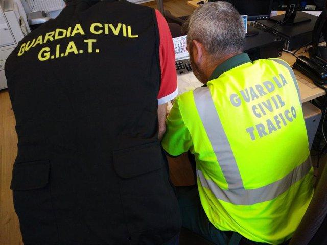 La Guardia Civil Desarticula Un Grupo Criminal Dedicado A La Estafa En La Compra