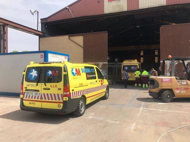 Sucesos.- Herido grave un obrero por una caída en una empresa de Alcalá de Henares