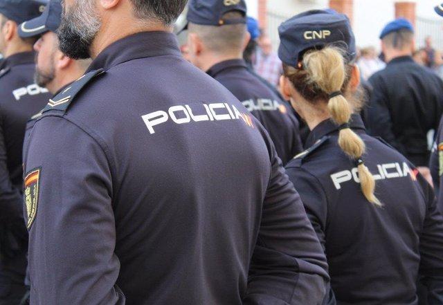 Málaga.- Sucesos.- Detienen en Marbella a dos hombres por robar por el método del tirón el reloj a un hombre de 80 años