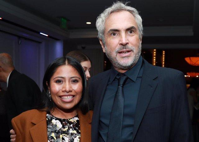 Yalitza Aparicio y el director Alfonso Cuarón