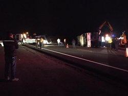 Almenys 29 morts en un accident d'un autobús turístic a l'illa de Madeira (TWITTER / @ECU911_)