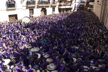 Calanda (Teruel) 'rompe la hora' ante unos 15.000 visitantes