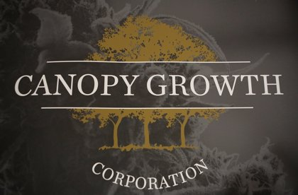 La multinacional productora de marihuana Canopy Growth plantea la compra de su rival en EEUU por 3.000 millones de euros