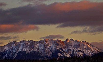 Desaparecidos tres grandes alpinistas en una avalancha en Canadá