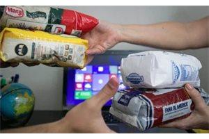 ¿Cómo funcionan los mercados de trueque en Venezuela?