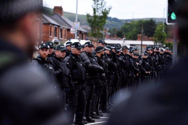 """R.Unido.- Muere una mujer en un """"acto terrorista"""" en Irlanda del Norte"""
