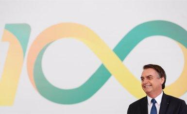 """Bolsonaro assegura que la seva intenció és explotar """"de manera raonable"""" l'Amazonia (Alan Santos/dpa)"""
