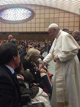 Un grupo de cordobeses de la Cruz Blanca han peregrinado hasta Roma, donde han p