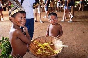 INDÍGENAS AMAZONAS