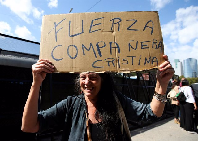 Muere la madre de la expresidenta argentina Cristina Fernández de Kirchner a los 89 años