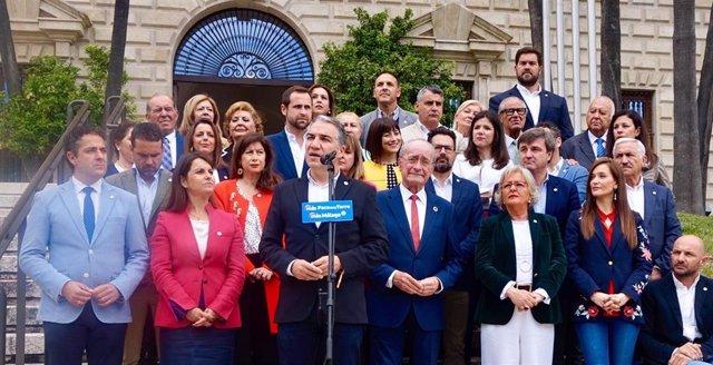 """Bendodo insiste en que """"el mejor blindaje de los servicios públicos es el Gobierno andaluz del cambio"""""""