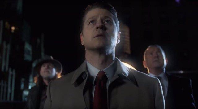 Batman Begins en el tráiler del último capítulo de Gotham