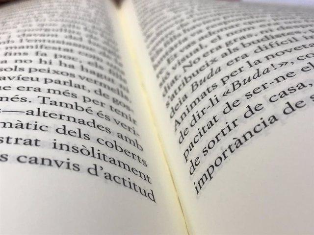 Editors llancen una campanya de foment de la lectura de revistes en catal