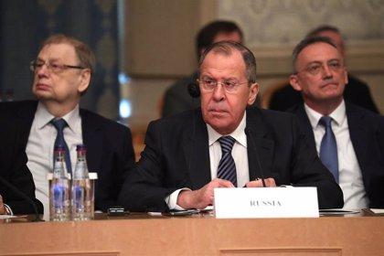 Lavrov pide a Zelenski que hable con los separatistas en plena segunda vuelta de las presidenciales ucranianas