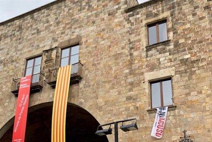 """Bou (PP) pide a la Junta Electoral retirar """"símbolos partidistas"""" de la Biblioteca de Catalunya"""