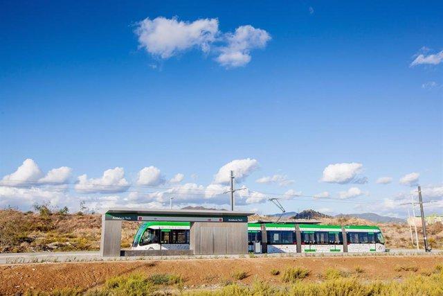 Málaga.- La lanzadera Metrobus al PTA que operará desde el 22 de abril pasará cada 12 minutos en hora punta