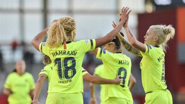 Fútbol.- El Bara vence al Bayern y acerca la final de la Liga de Campeones femenina