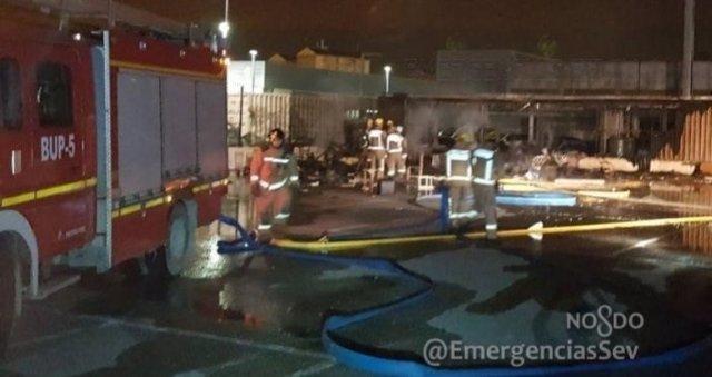 Sevilla.- Sucesos.- El incendio de una aspiradora provoca que se desaloje algunas habitaciones de un hotel de la capital