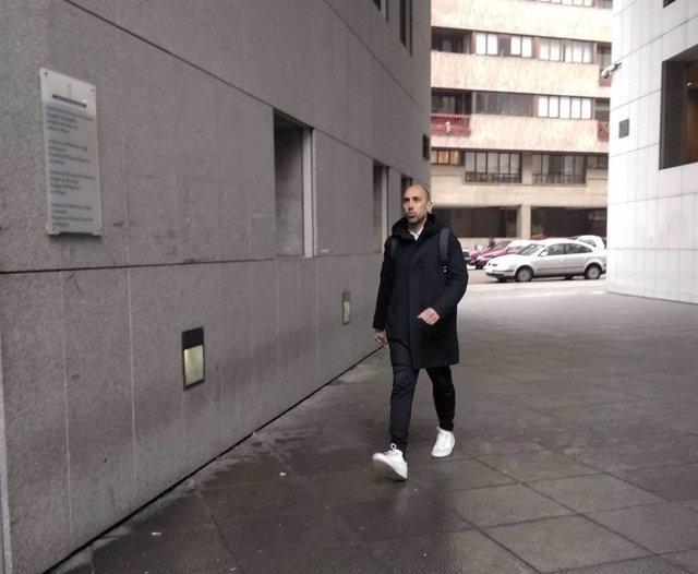 Trib.- Marc Martí reconoce que empezó a trabajar de colaborador con el Niemeyer mientras percibía el paro