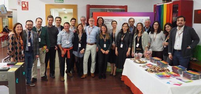Empresas.- GSK España crea 'Sprectrum' para la inclusión del colectivo LGTB en el entorno laboral