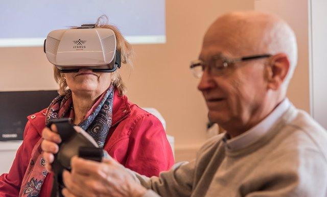 Córdoba.-Los centros Guadalinfo aumentan su oferta de actividades digitales para mayores con el proyecto 'En Buena Edad'