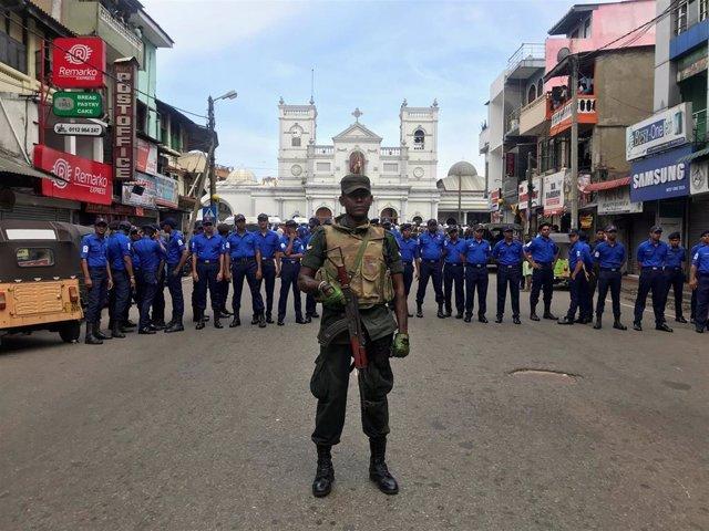 Sri Lanka.- Sri Lanka decreta un nuevo toque de queda en Colombo tras los atentados del domingo