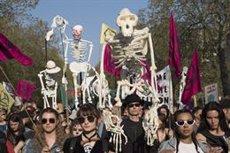 Més de mil detinguts en les protestes contra el canvi climàtic a Londres (Nigel Dickinson)