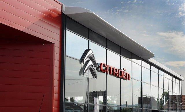Recurdo de Citroën, logotipo, concesionario