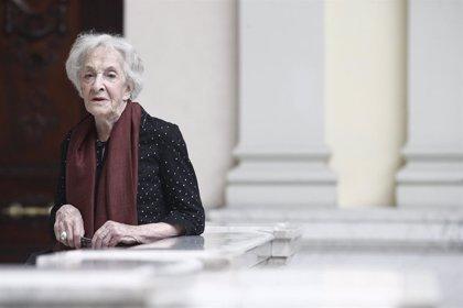 Ida Vitale recibirá este martes el Premio Cervantes 2018 en una ceremonia presidida por los Reyes