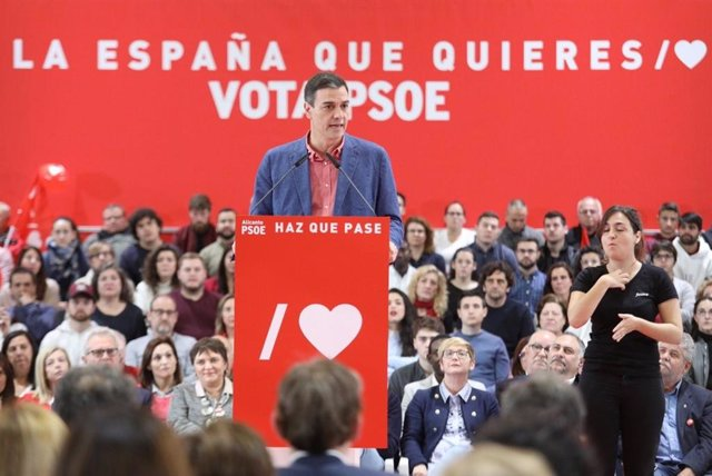 """VÍDEO: 28A.- Sánchez avisa de que todo voto que no vaya al PSOE aumenta las opciones del """"bloque de la involución"""""""