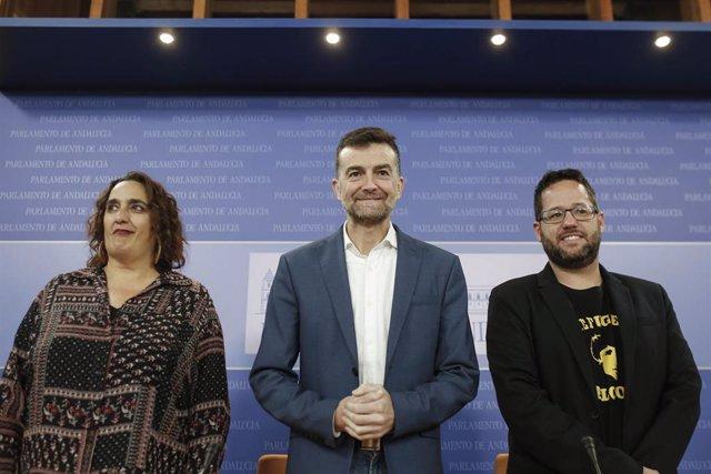 Rueda de prensa de Antonio Maíllo en el Parlamento de Andalucía.
