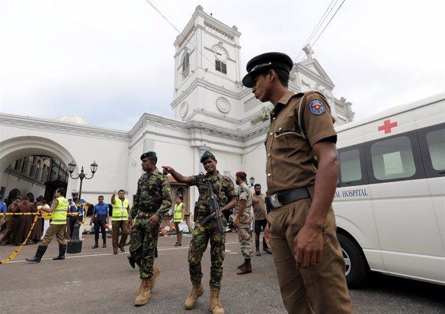 Una ola de atentados deja casi 200 muertos y 500 heridos en Sri Lanka durante el Domingo de Pascua